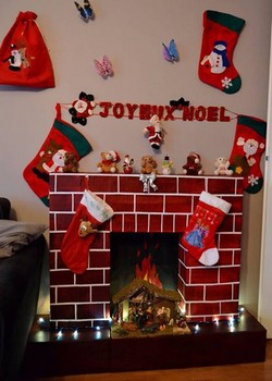 chemin e de noel en carton my blog. Black Bedroom Furniture Sets. Home Design Ideas