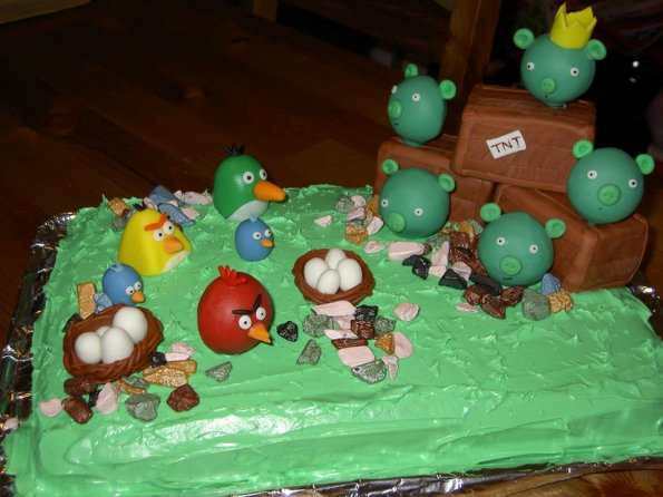 gateau-angry-birds-anniversaire