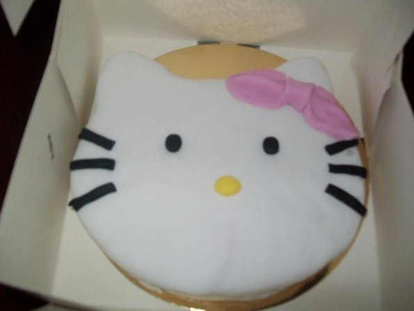gateau-anniversaire-hello-kitty-2