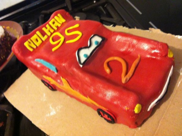 gateau-anniversaire-cars-flash-mac-queen