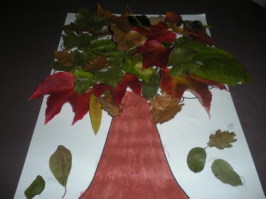 faire un arbre automne avec des feuillers d u0026 39 arbre mortes